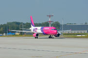 HA-LWK - Wizz Air Airbus A320 aircraft