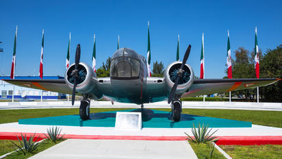 1525 - Mexico - Air Force Beechcraft AT-11 Kansan