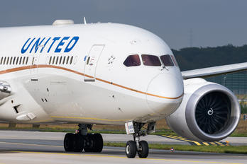 N27908 - United Airlines Boeing 787-8 Dreamliner