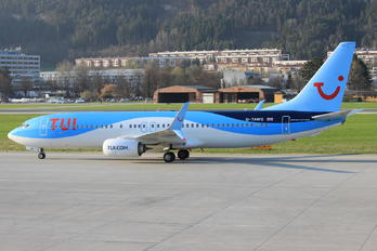 G-TAWS - TUI Airlines UK Boeing 737-800