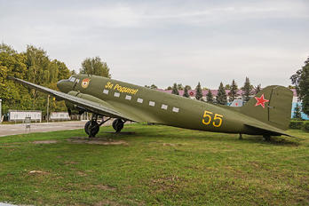 55 - Russia - Air Force Lisunov Li-2