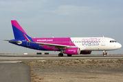 HA-LYT - Wizz Air Airbus A320 aircraft