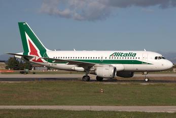 EI-IMV - Alitalia Airbus A319
