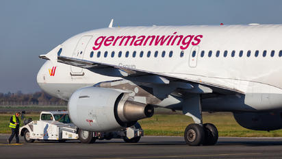 D-AKNM - Germanwings Airbus A319