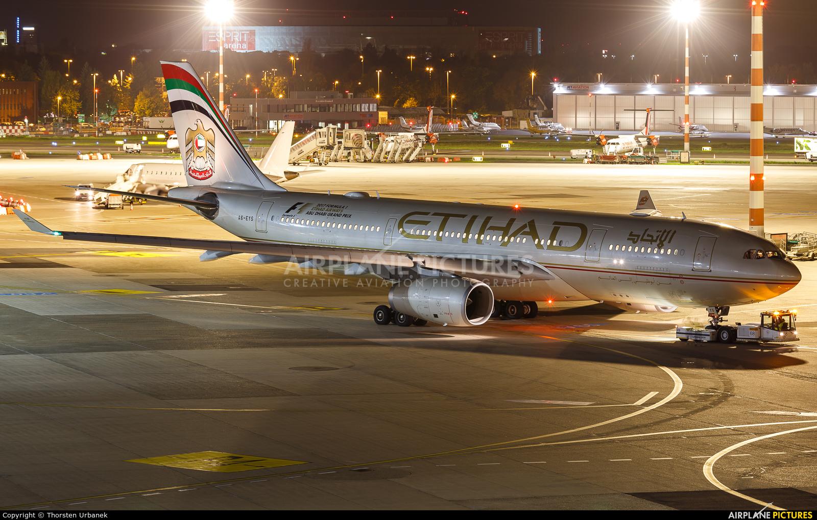 Etihad Airways A6-EYS aircraft at Düsseldorf