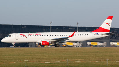 OE-LWN - Austrian Airlines/Arrows/Tyrolean Embraer ERJ-195 (190-200)