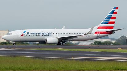 N948AN - American Airlines Boeing 737-800