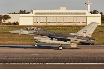 15102 - Portugal - Air Force General Dynamics F-16A Fighting Falcon