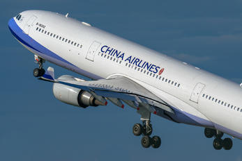 B18352 - China Airlines Airbus A330-300