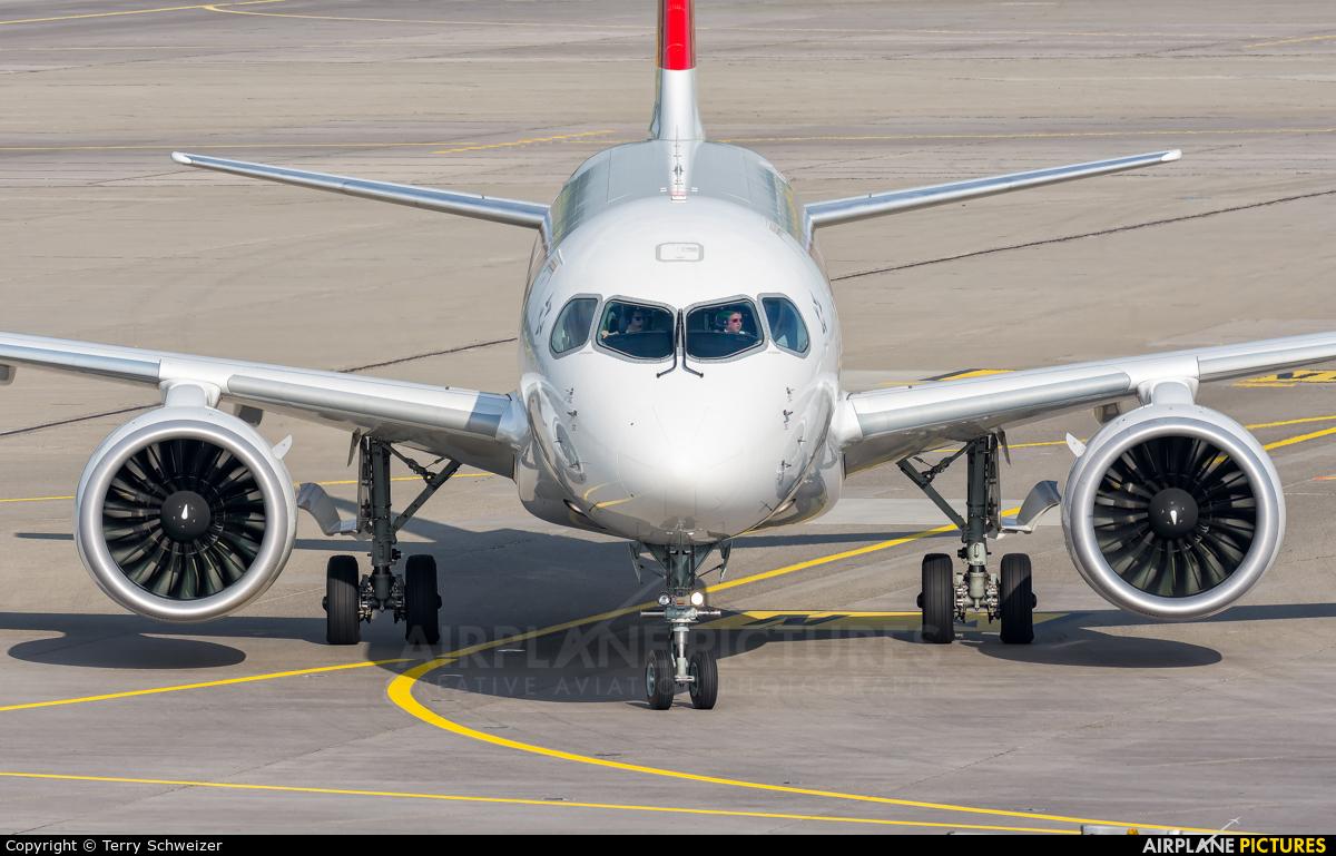Swiss HB-JBF aircraft at Zurich