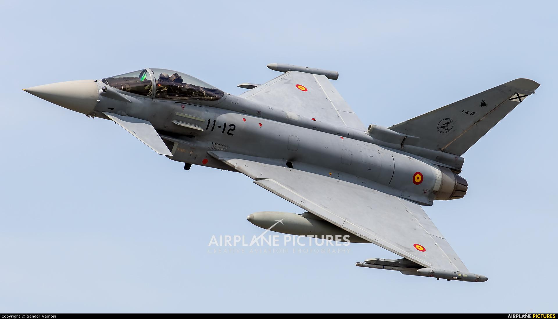 Spain - Air Force C.16-33 aircraft at Florennes