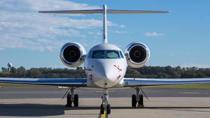 N175NH - Private Gulfstream Aerospace G-V, G-V-SP, G500, G550
