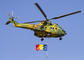 71 - Romania - Air Force IAR Industria Aeronautică Română IAR 330 Puma