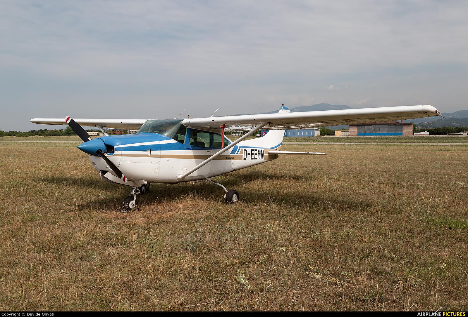 Private D-EEMN aircraft at Verona - Boscomantico