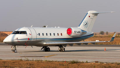 TC-ASL - Sarpair Bombardier CL-600-2B16 Challenger 604