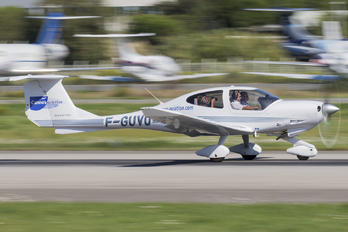 F-GUVQ - Private Diamond DA 40 Diamond Star
