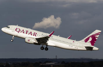 A7-LAF - Qatar Airways Airbus A320