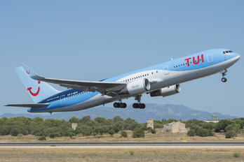 G-OBYH - TUI Airlines UK Boeing 767-300ER