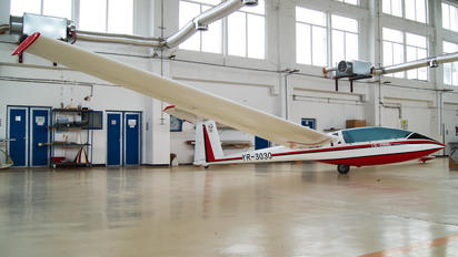 YR-3030 - Romanian Airclub IAR Industria Aeronautică Română IS 28B2 Lark