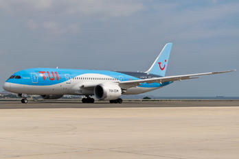 G-TUIC - TUI Airlines UK Boeing 787-8 Dreamliner