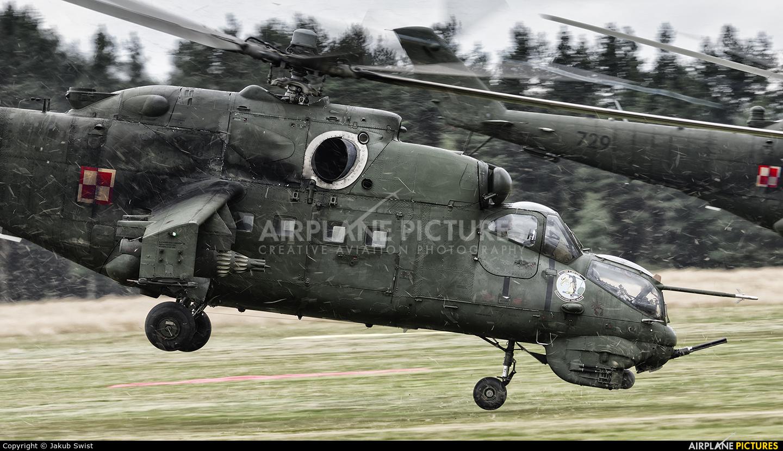 Poland - Army 729 aircraft at Nowy Targ