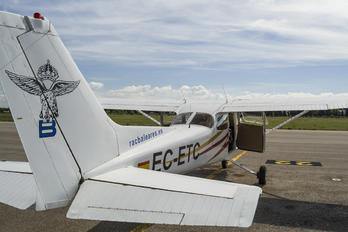EC-ETC -  Cessna 172 Skyhawk (all models except RG)