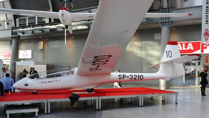 SP-3210 - Aeroklub Kielecki PZL SZD-50 Puchacz