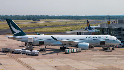 B-LRN - Cathay Pacific Airbus A350-900