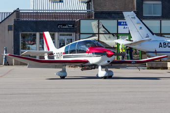 F-GOVP - Private Robin DR400-180 Regent