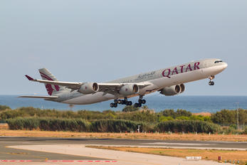 A7-AGC - Qatar Airways Airbus A340-600