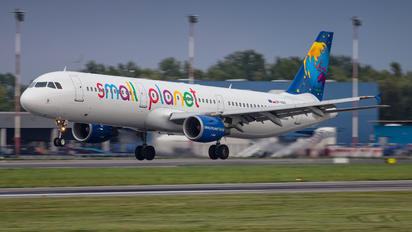 SP-HAX - Small Planet Airlines Airbus A321
