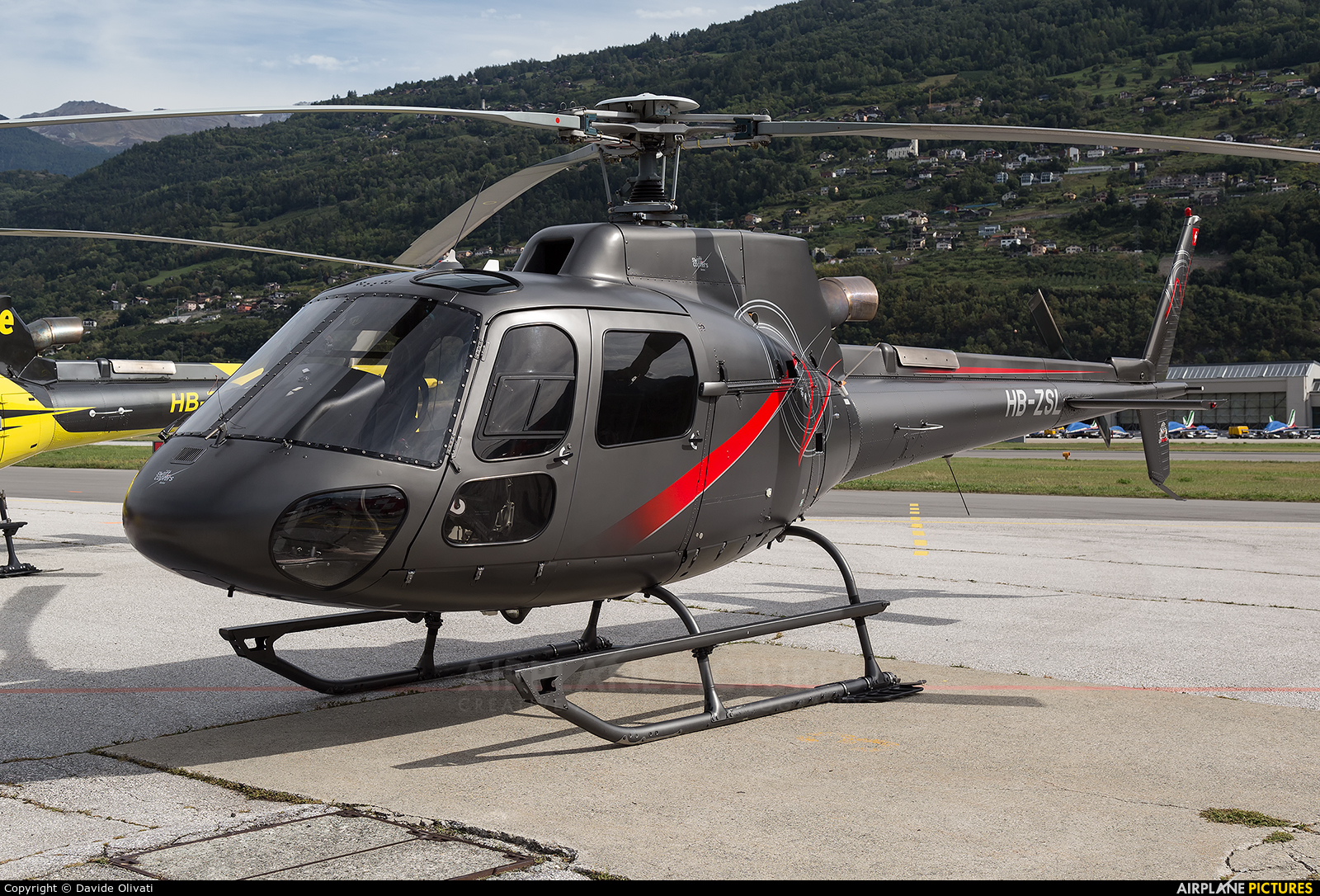 Swift Copters HB-ZSL aircraft at Sion