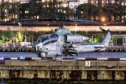 165289 - USA - Marine Corps Bell AH-1W Super Cobra aircraft