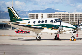 F-GULY - Private Beechcraft 300 King Air