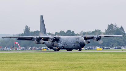 61-PJ - France - Air Force Lockheed C-130H Hercules