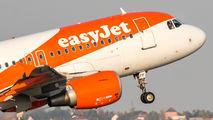 G-EZFF - easyJet Airbus A319 aircraft
