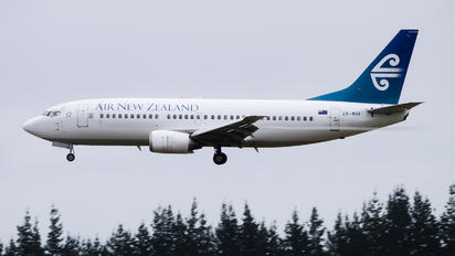 ZK-NGI - Air New Zealand Boeing 737-300