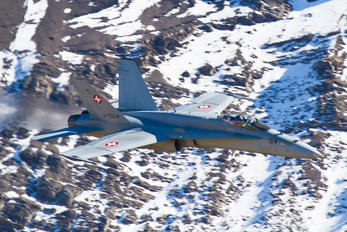 J-5014 - Switzerland - Air Force Boeing F/A-18E Super Hornet