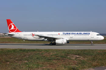 TC-JMM - Turkish Airlines Airbus A321