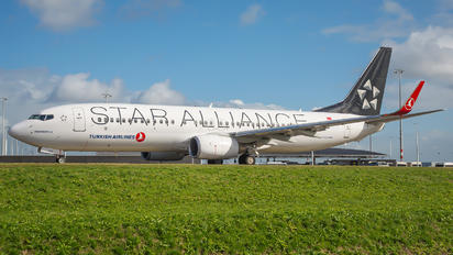 TC-JHC - Turkish Airlines Boeing 737-800