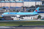 HL7714 - Korean Air Boeing 777-200ER aircraft