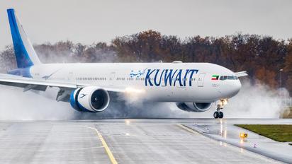 9K-AOL - Kuwait Airways Boeing 777-300ER