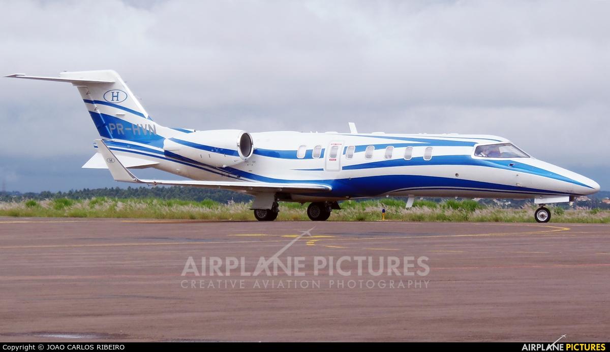 Private PR-HVN aircraft at Municipal Airport Cascavel