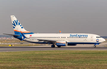 TC-SNU - SunExpress Boeing 737-800