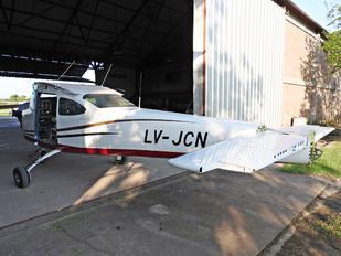 LV-JCN - Private Cessna 182 Skylane (all models except RG)