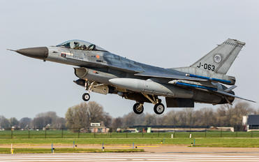 J-063 - Netherlands - Air Force General Dynamics F-16A Fighting Falcon