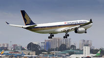 9V-STC - Singapore Airlines Airbus A330-300 aircraft