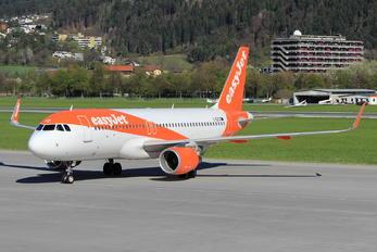 G-EZOZ - easyJet Airbus A320