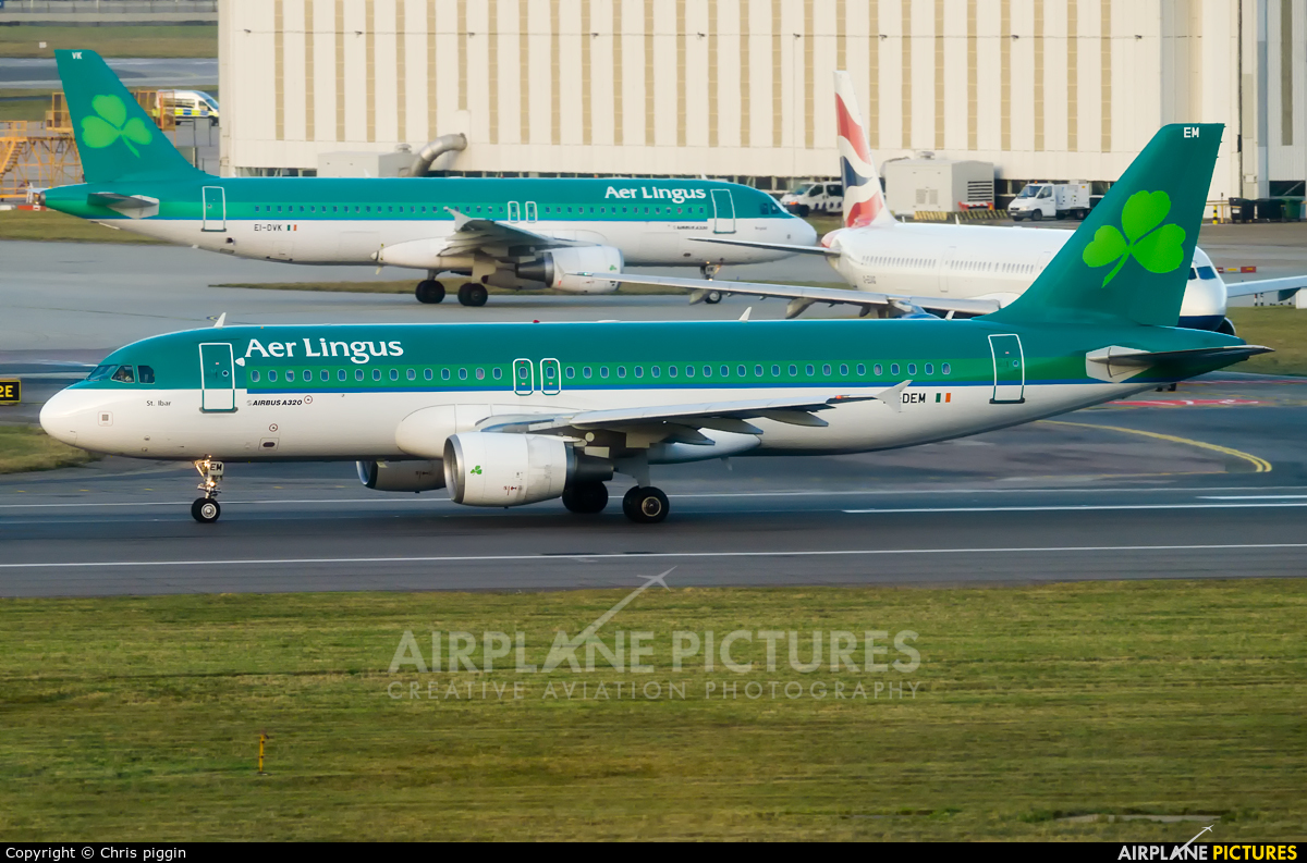 Aer Lingus EI-DEM aircraft at London - Heathrow