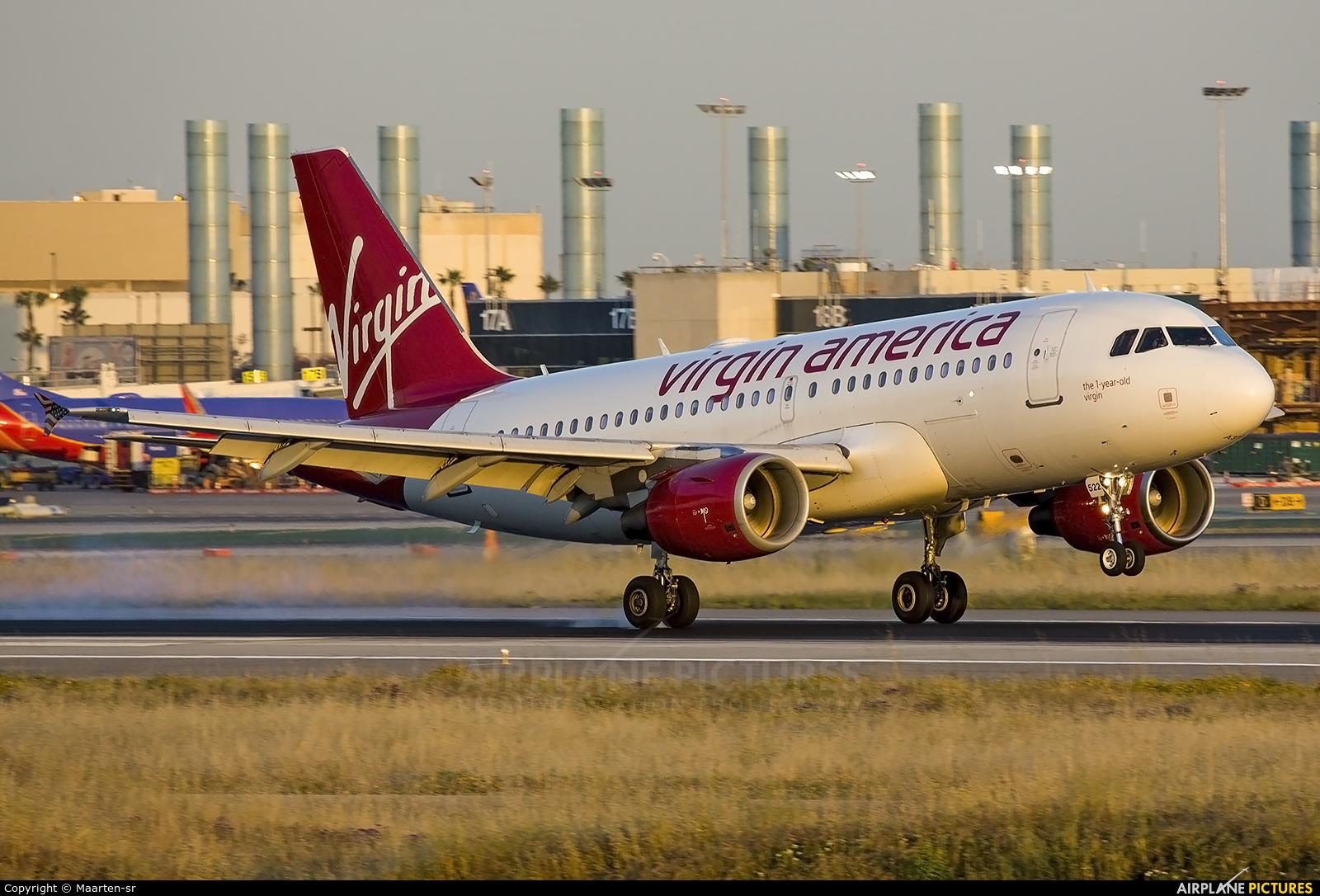 Virgin America N525VA aircraft at Los Angeles Intl